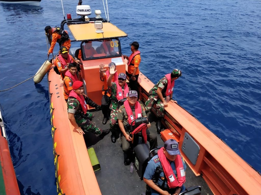 Search for Lion Air